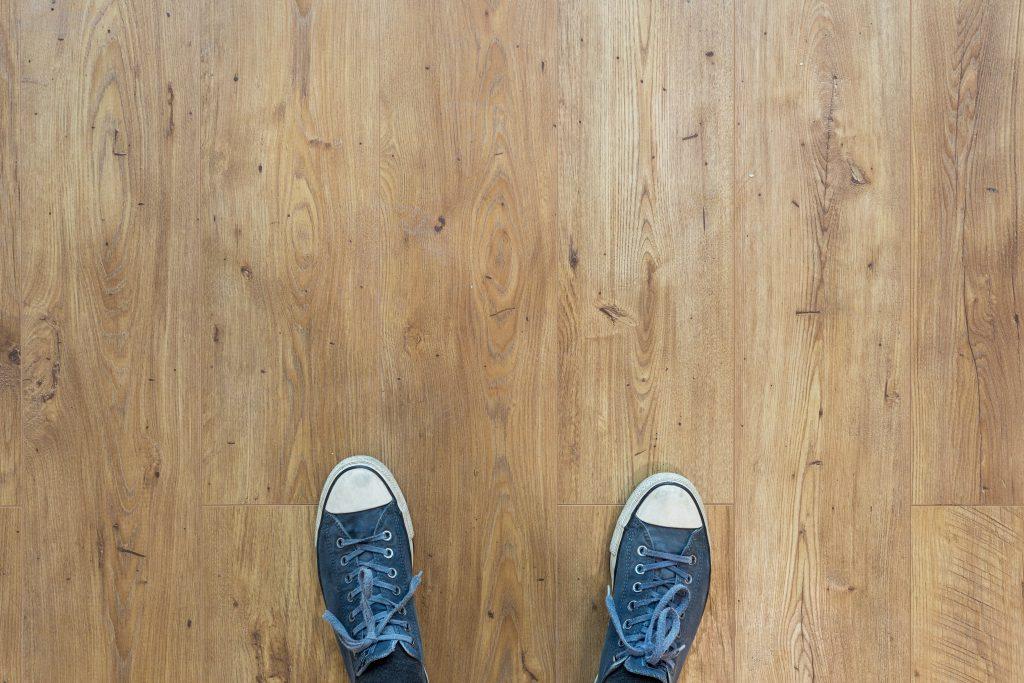 geïsoleerde houten vloer